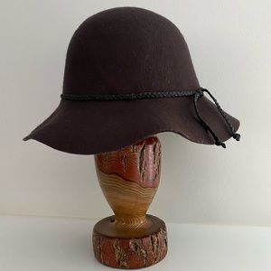"Brown Wool Hat with 3"" Floppy Brim"